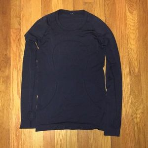 Long sleeve navy lululemon top